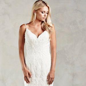 ae9fec5b87 Dresses & Skirts - Wedding Dress — Plus Size